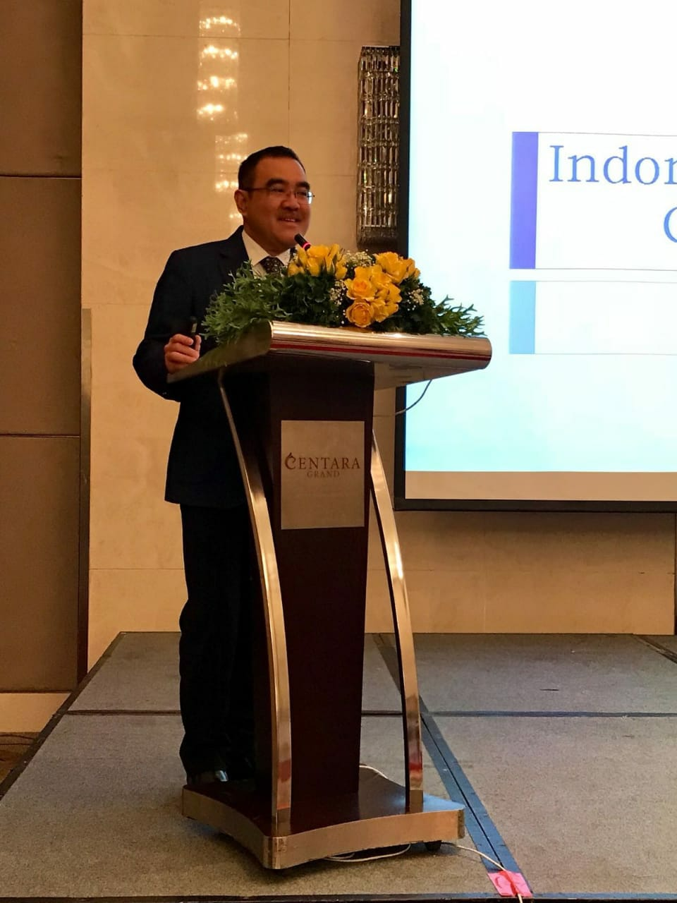 Ketua Umum APRISINDO menghadiri Conference International Footwear Association di Bangkok